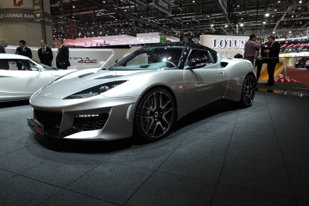 Lotus Evora 400 представлен на Женевском автосалоне