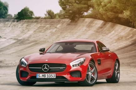 Гражданская версия Mercedes-AMG GT представлена в Украине
