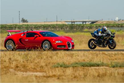 Кто быстрее спортивный байк или спорт кар?