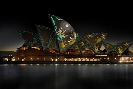 Чрезвычайно красивый видео-меппинг на оперном театре в Сиднее