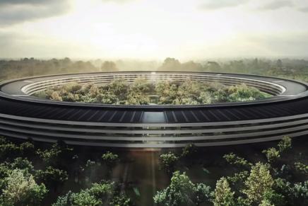 Постройку нового кампуса самой дорогой компании в мире засняли с помощью летающего дрона